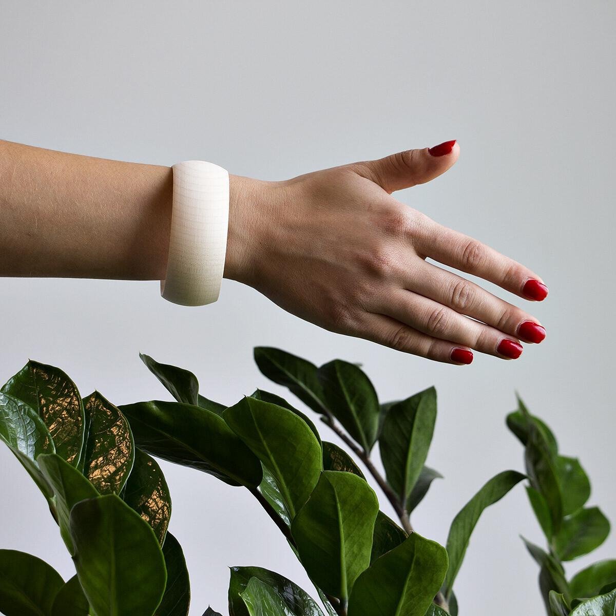 unbehandeltes bauchiges 30 mm armband holz geschliffen gew llbt. Black Bedroom Furniture Sets. Home Design Ideas