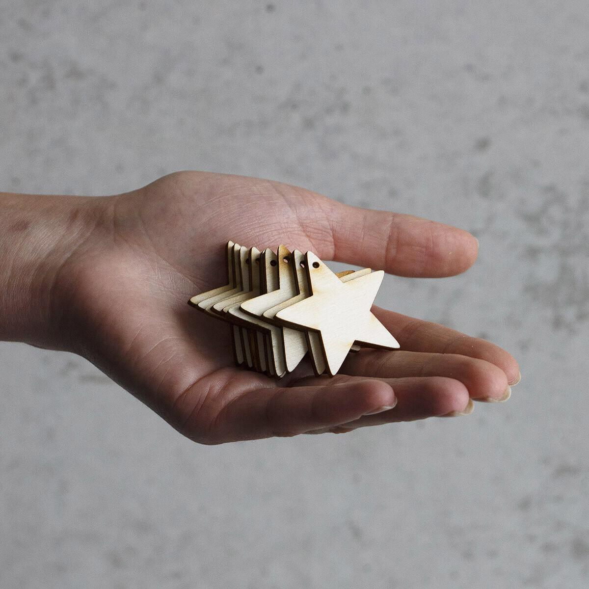 10 Stück Holzsterne 4 x 4 cm Aufhänger Weihnachtssterne Hol
