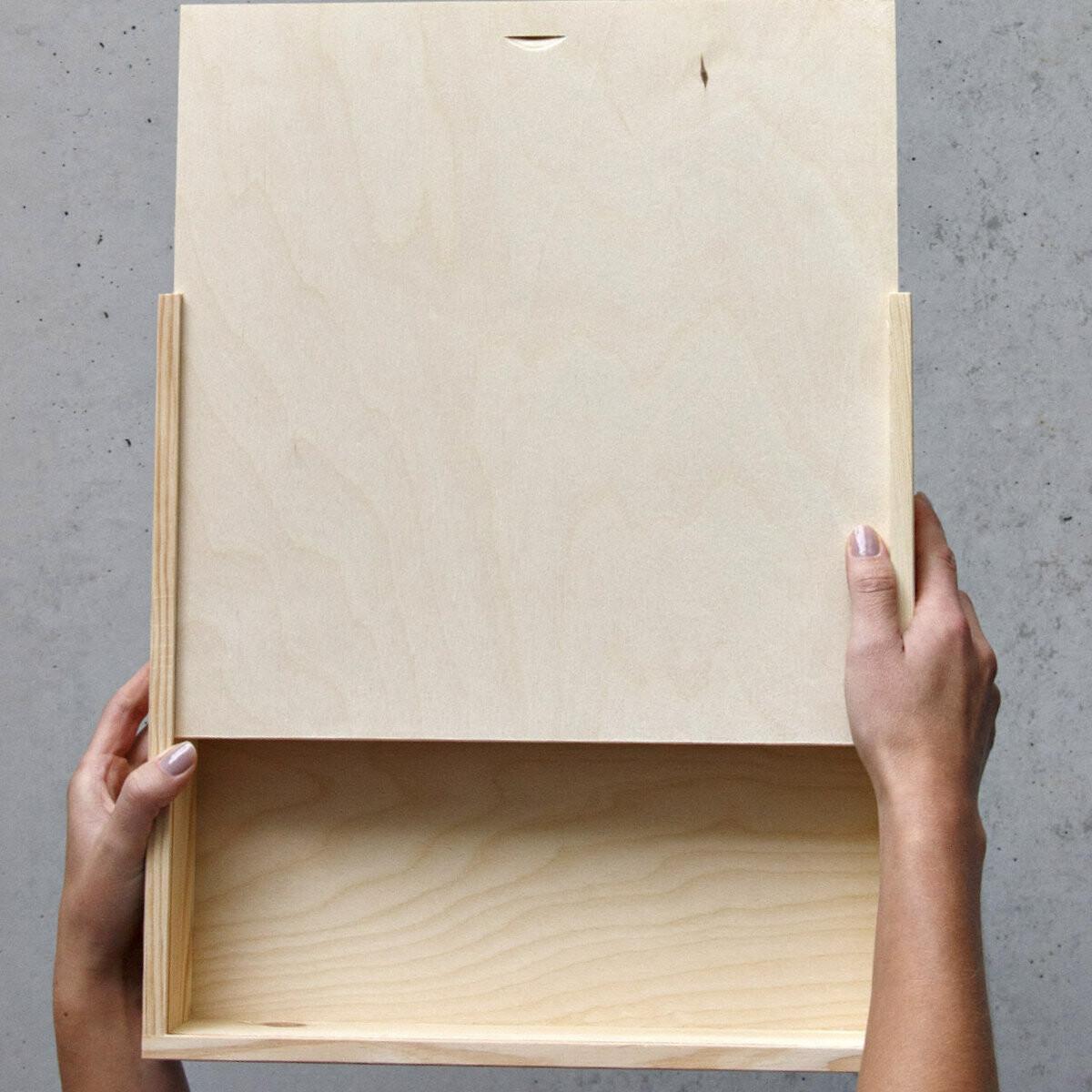 kiste holz beautiful holzkiste holztruhe truhe kiste holz. Black Bedroom Furniture Sets. Home Design Ideas